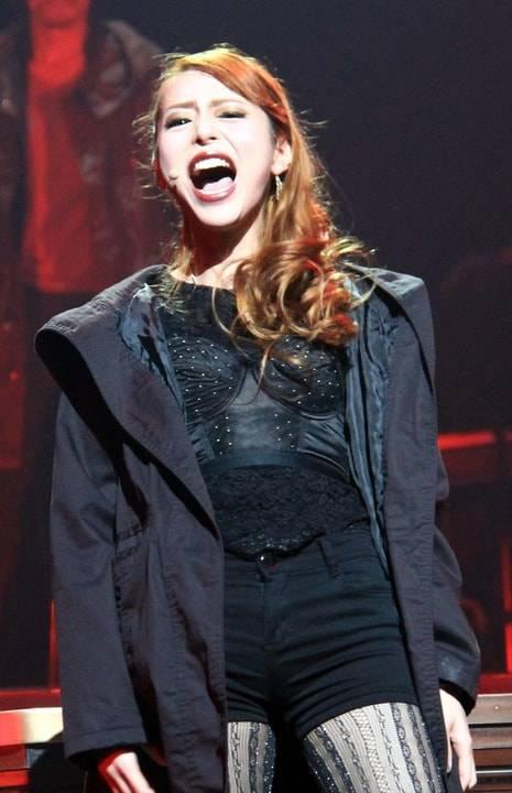 平野綾がボンデージ姿で「過激」シーンに挑戦「ここまでキスシーンが多い舞台は経験したことがない」