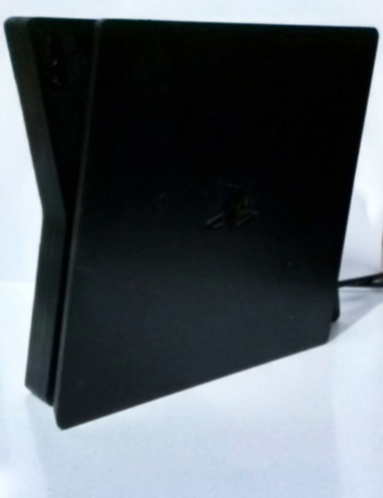 【朗報】PS5、2月5日に正式発表!10月発売で価格は5万4999円!