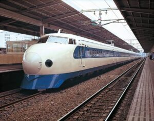 【悲報】E電常磐線に任天堂ファンが乗ってて最悪なんだが